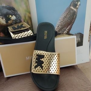 Michael Kors Slide..
